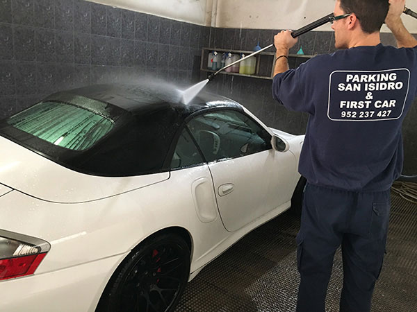 washing interior and exterior parking airport malaga